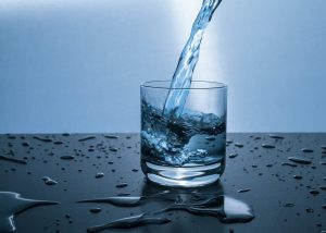 10 Impressive Benefits of Drinking Water