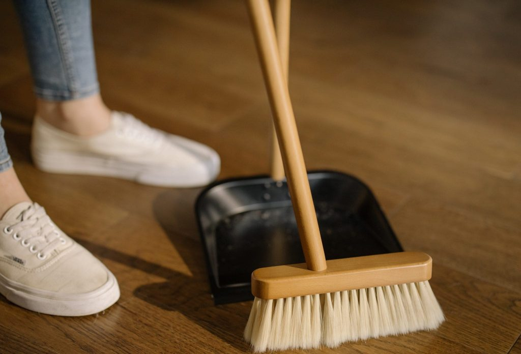 7 Tips To Keep Your House Clean and Fresh